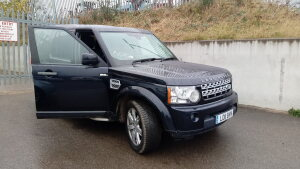 2011 LAND ROVER DISCOVERY SDV6 AUTO 245 4wd, leather seats (LO11 BVN) (MoT 29th July 2021)(Blue) (V5 in office)