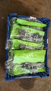 26 (approx) x new packaged screwdriver sets