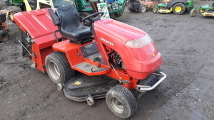COUNTAX A2550HE petrol ride on mower (s/n AD174637) c/w grass collector