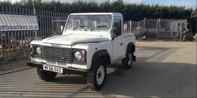 LAND ROVER DEFENDER 90 truck cab (white) (MF56 SXZ) (MoT 24th September 2021) (V5 & MoT in office)