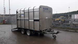 Ifor Williams twin axle livestock trailer complete with dividing Gate