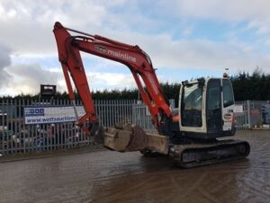 2007 KUBOTA 080-3 rubber tracked excavator c/w with 3 buckets, blade, piped & Q/hitch (5343 5427 5439 9308)