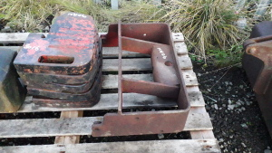 5 x MASSEY FERGUSON 100 series weights c/w carrier