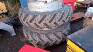 Pair of 13.6 R38 dual wheels and tyres
