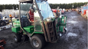 RANSOMES PARKWAY 225 4wd cylinder mower c/w cab (s/n N00449)