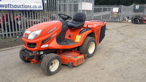 2006 KUBOTA GR2100-2 4wd diesel ride on mower c/w 48'' mower deck & collector (s/n 21286)