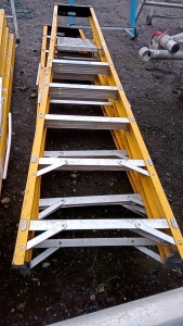 2 x electricians step ladders