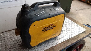 LINCOLN petrol 240v suitcase generator