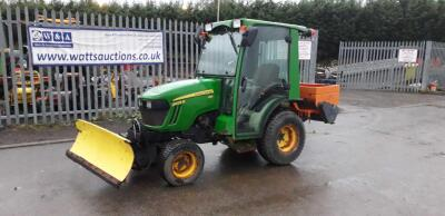 2014 JOHN DEERE HST 2025R tractor c/w fitted gritter & snow plough (SC14 OVS)
