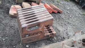 8 x FORD 22kg tractor front weights