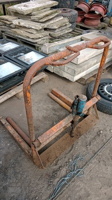 Tyre changing dolly