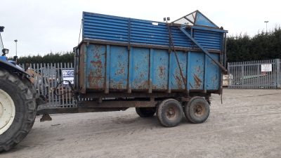 Twin axle tipping trailer c/w silage sides & folding grain sides