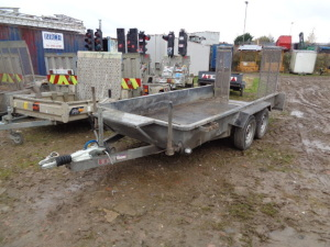 TAYLOR ME26 2.6t twin axle plant trailer 12 x 4 c/w ball coupling S/n:1316