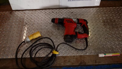 MILWAUKEE 110v breaker