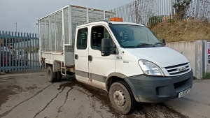2009 IVECO DAILY 65C18 crew cab caged side tipper c/w rear tail lift (YJ59 EYT) (MoT 30th November 2020) (V5 & MoT in office)